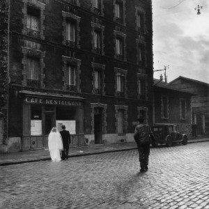 La Stricte Intimite (In the Strictest Intimacy), rue Marcelin Berthelot, Montrouge, 1945