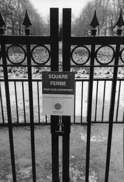 Locked gates, Parc Robert Doisneau, Montrouge. January 2013.