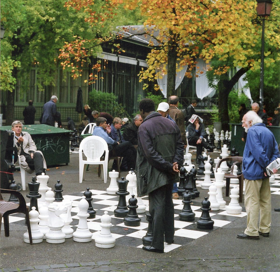 Chess in the Park, Geneva.  Photo  Pete Grafton