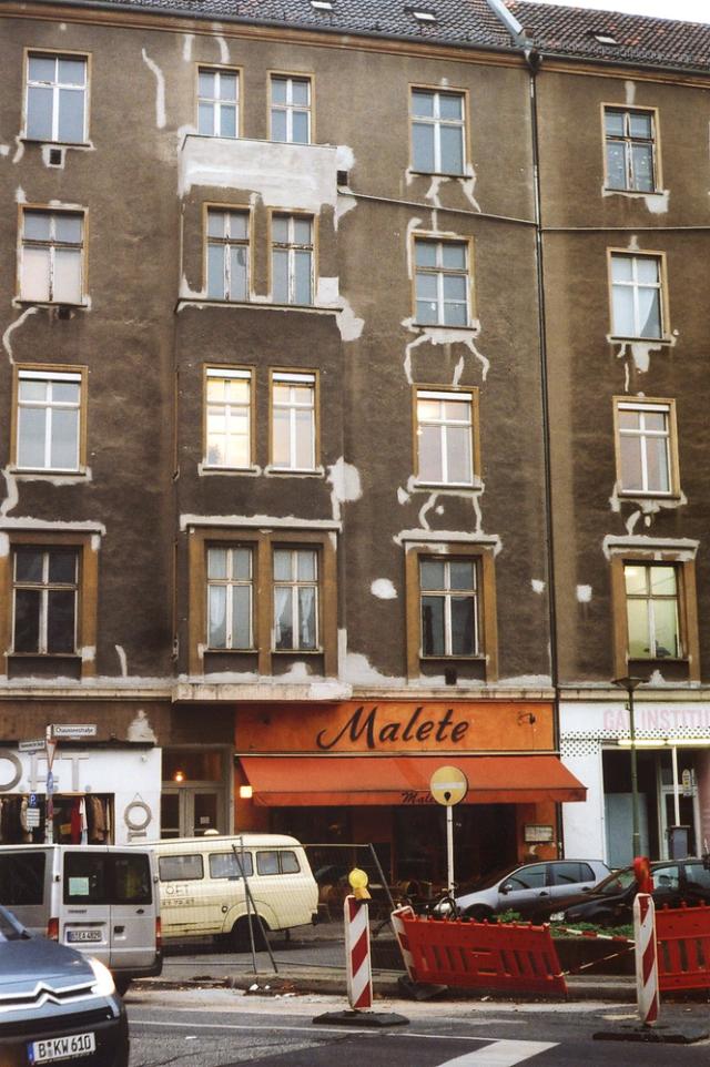 Berlin repairs png
