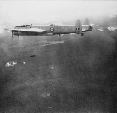 RAAFAvroLincolnMalaya1950